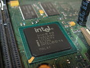Intel 810e Northbridge mit IGP