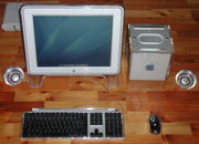 Apples PowerMac G4 Cube mit Studio Display (17 Zoll)